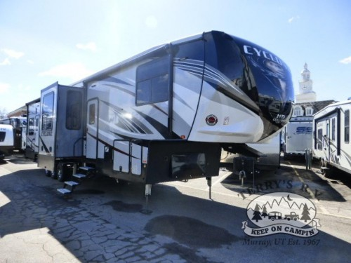 Heartland Cyclone Toy Hauler Fifth Wheel
