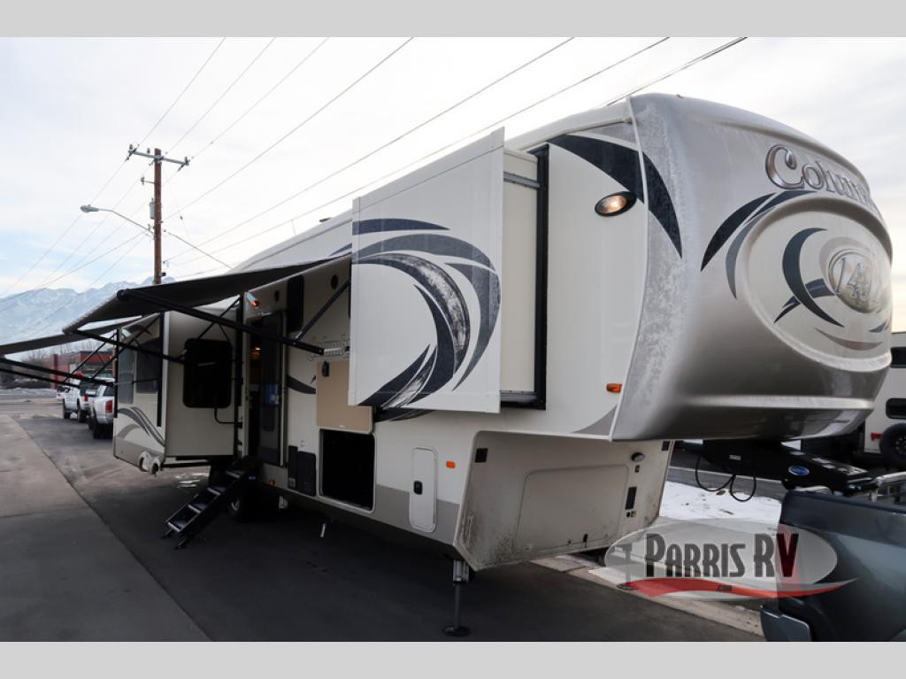 Palomino Columbus 1492 383FB Fifth Wheel
