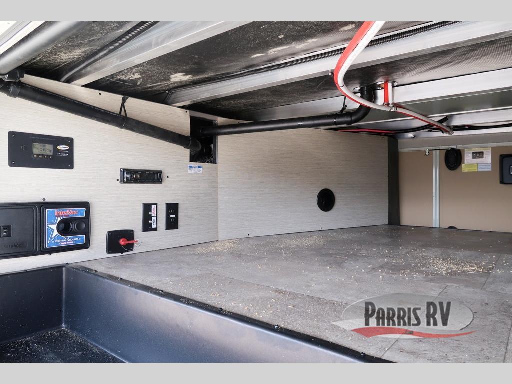 Parris RV Passthrough Storage Example