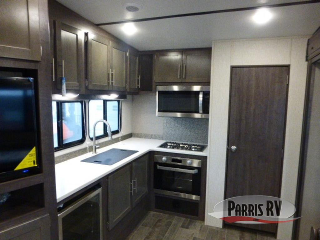CrossRoads RV Kitchen