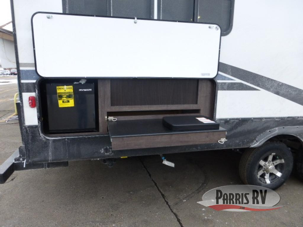 CrossRoads RV Outdoor Kitchen