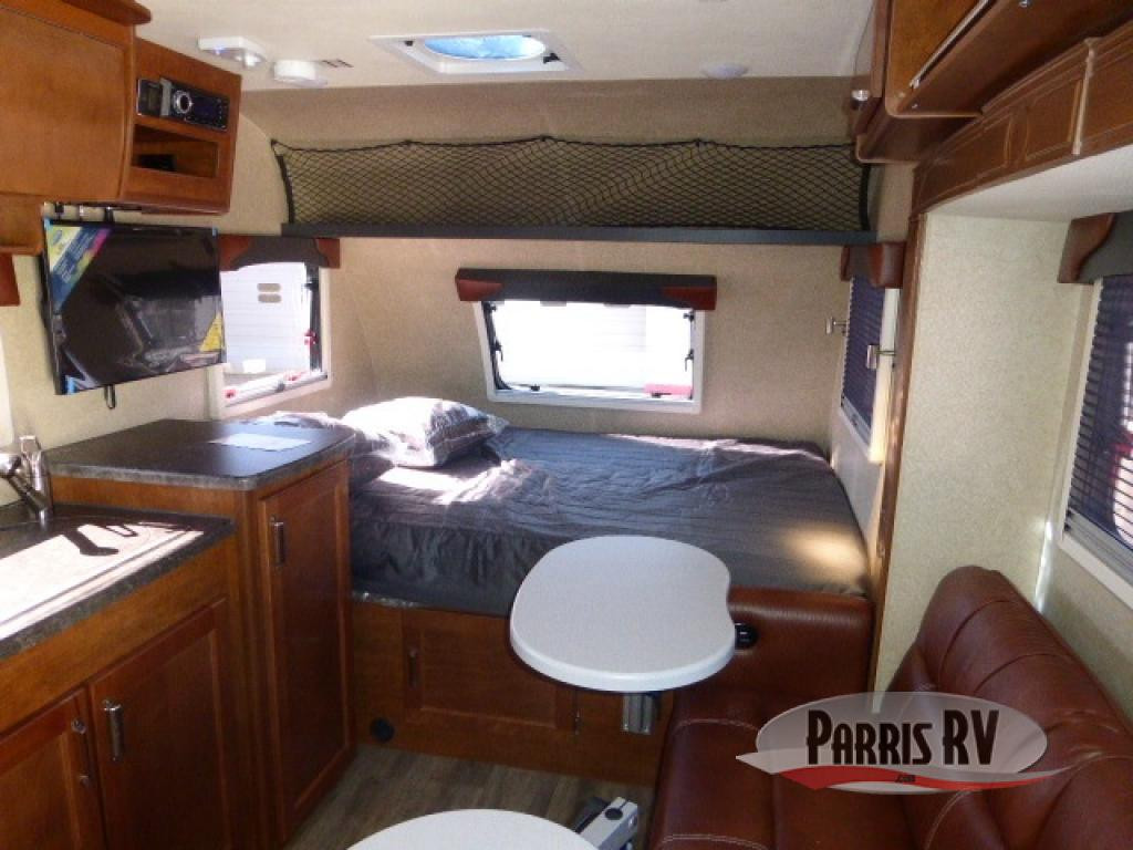 Lance travel trailer 1475 interior