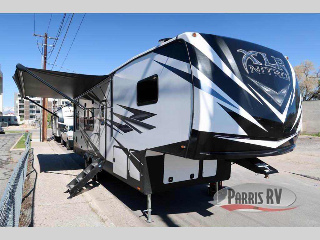 XLR Nitro Fifth Wheel