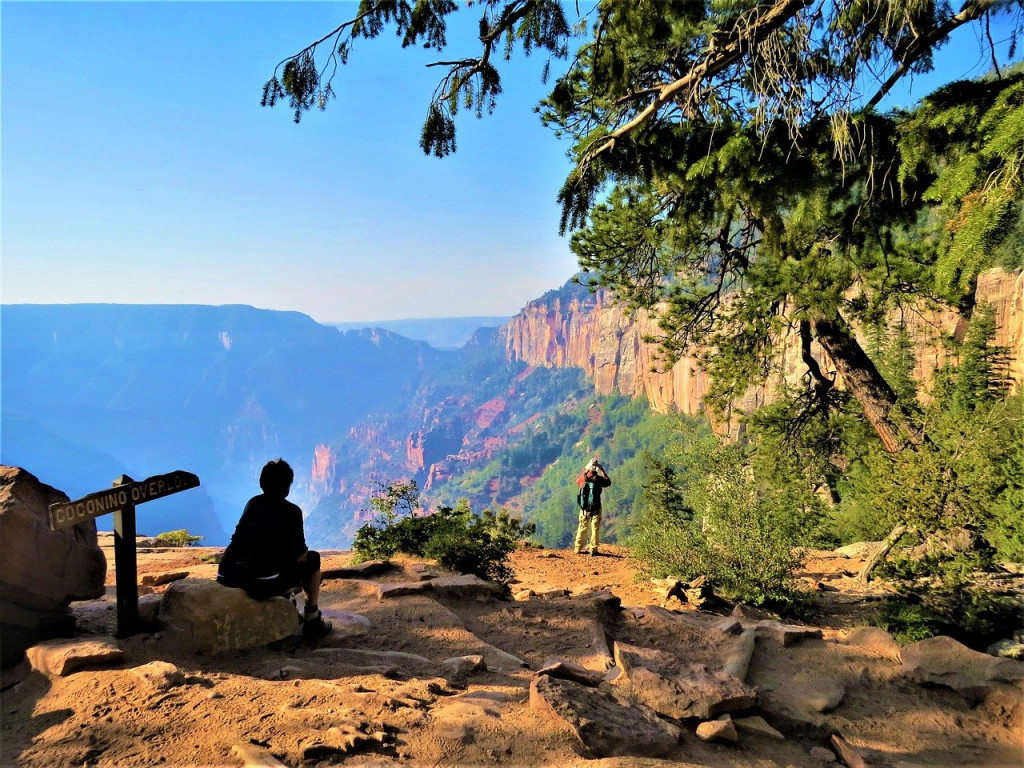 Grand Canyon North Rim hiking